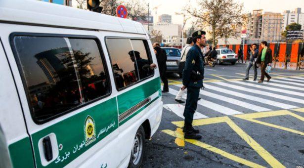 سرکوب دوباره جمهوری اسلامی ازبازداشت۴۴ تن در یک مهمانی شبانه