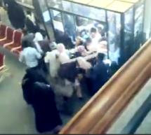 هجوم سپرده گذاران به بانک ملی ایران برای دریافت پول هایشان