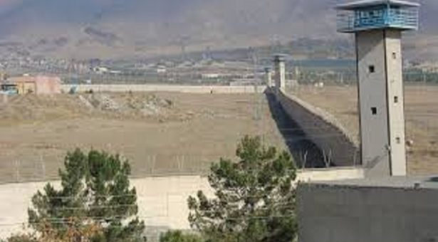 تبریک سال نو زندانیان بند ۱۰ زندان گوهردشت